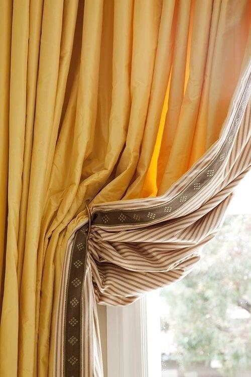 Silk Drapery Contrast Lining